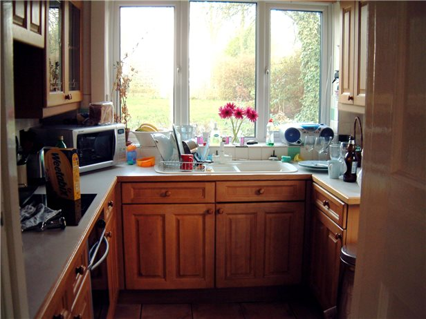small-kitchen-design-37